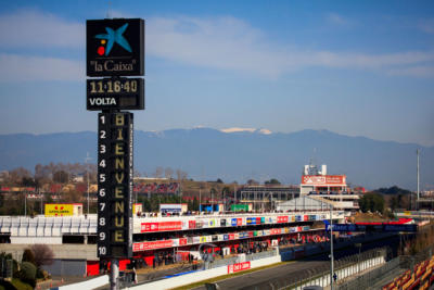 F1 Test Days 2013 Barcelone - Circuit de Catalunya - Les stands